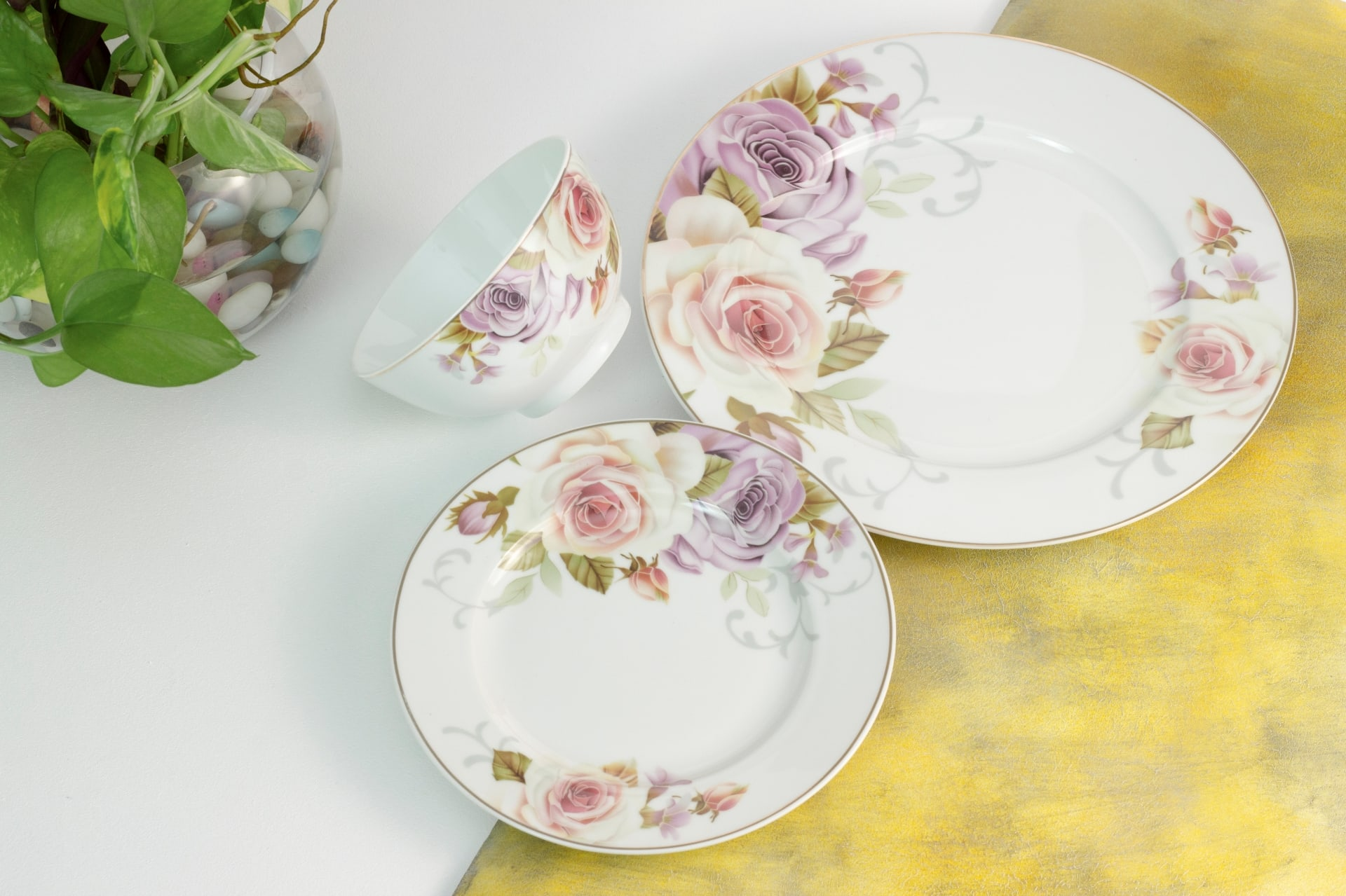 Viola Floral Ensemble Dinner Set