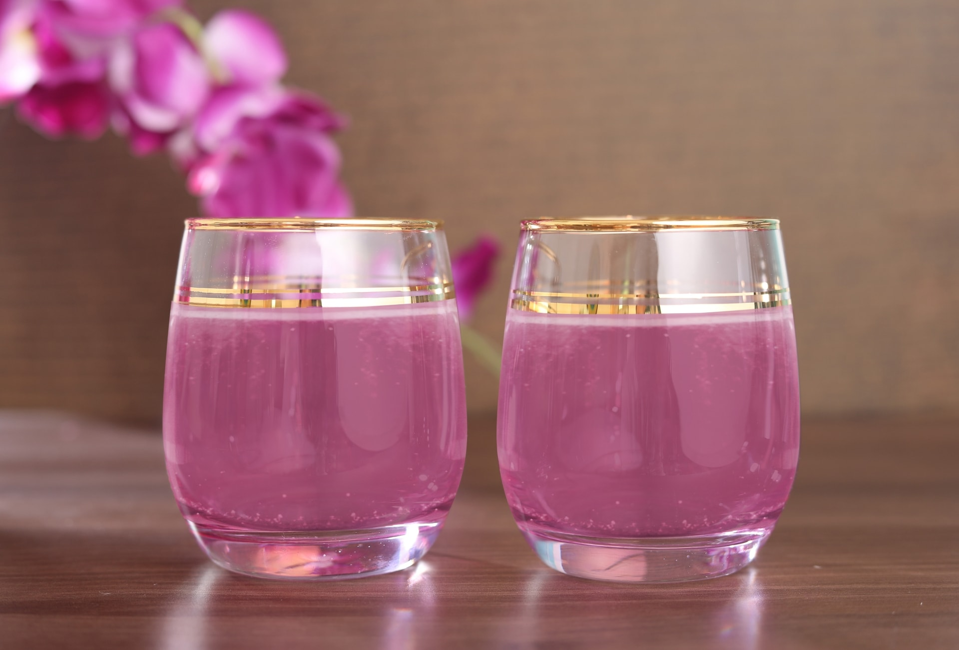 Viola Opulent Drinking Glass