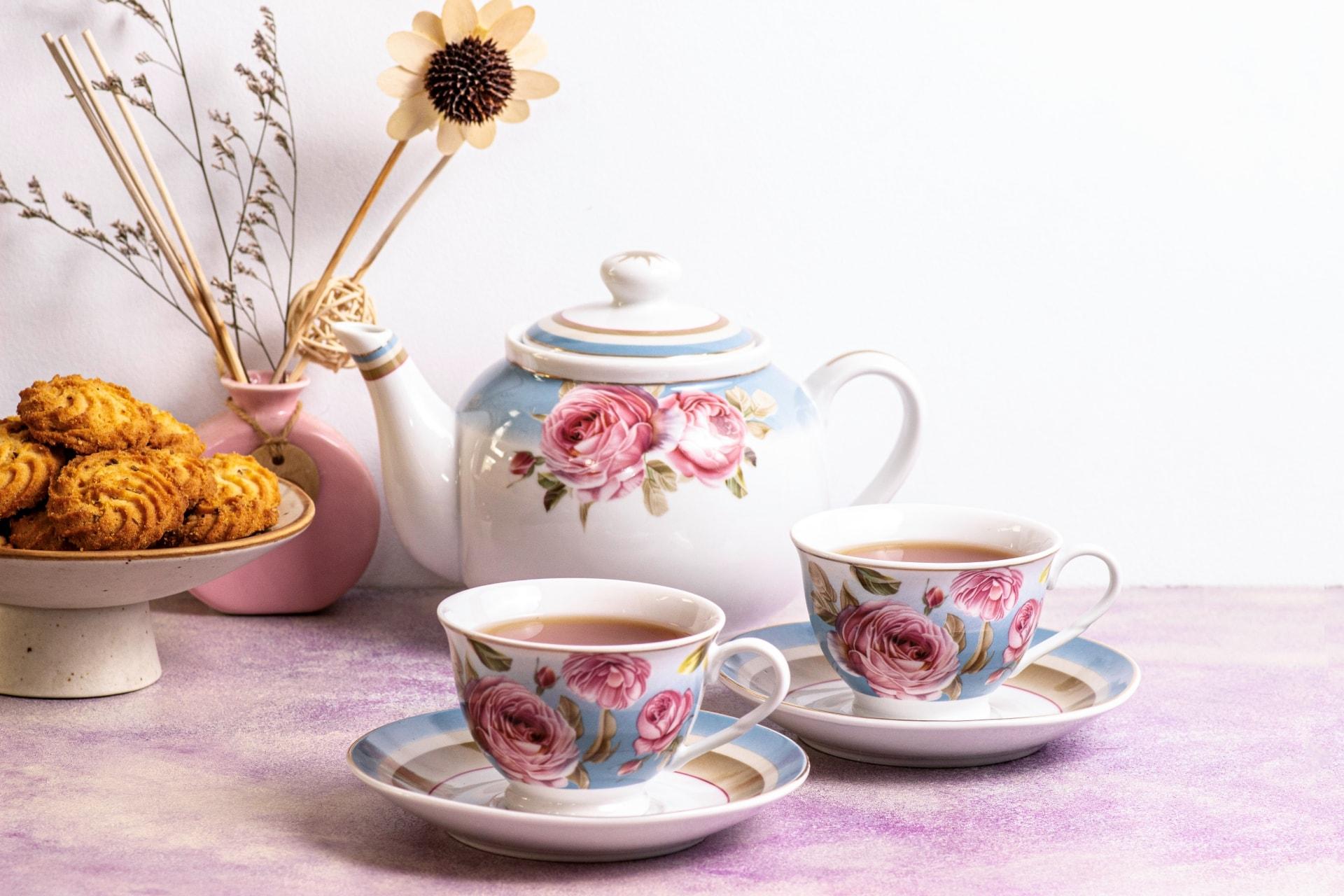 Viola Peony Blush Tea Set