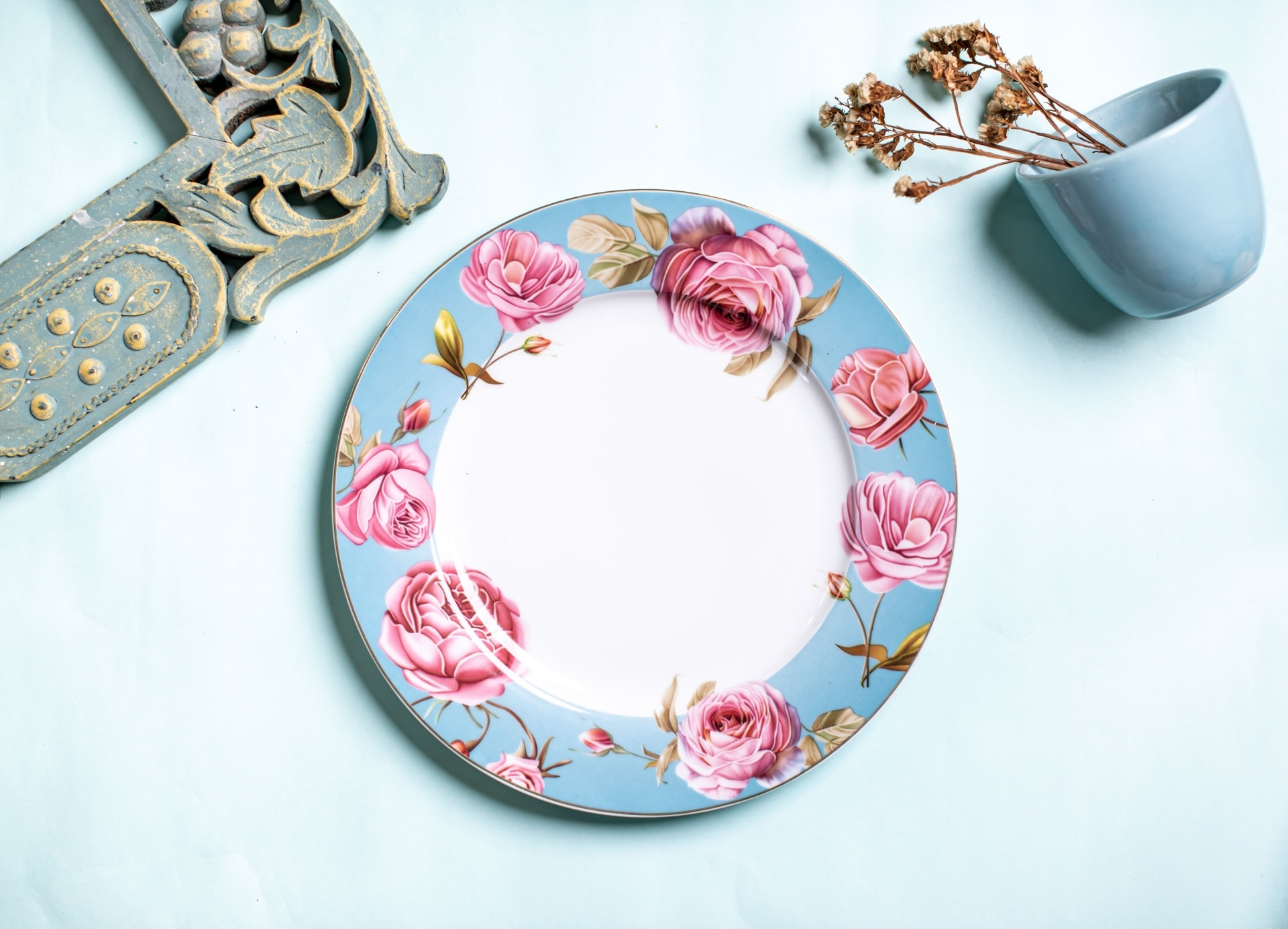 Viola English Floral Porcelain Dinner Plate