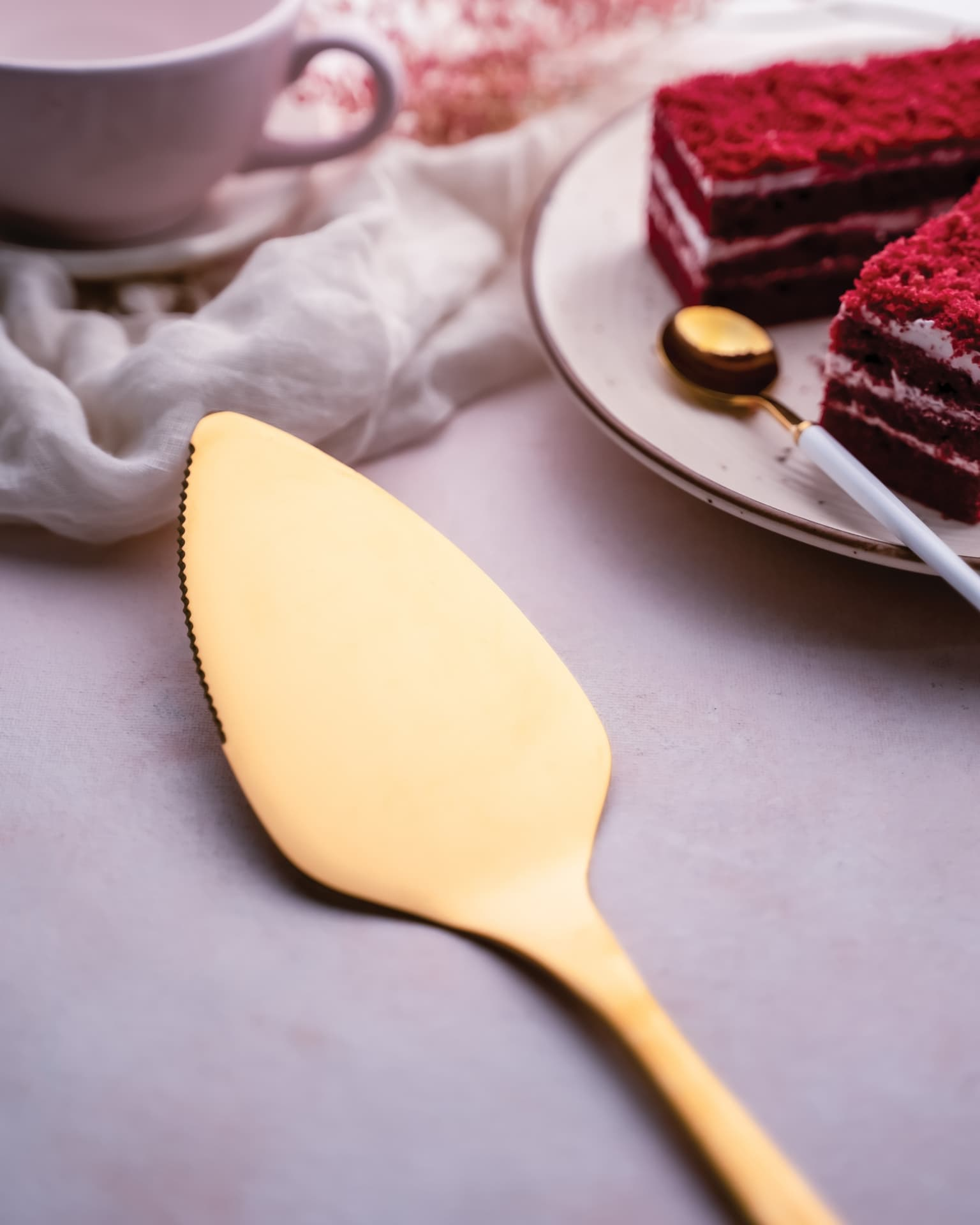 Viola Driveling Cake Shovel